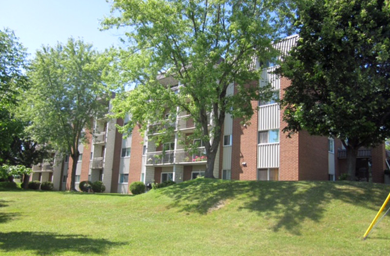 655, rue McGregor, Sherbrooke - Logements Lauréat Richard